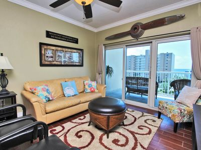 Crystal Tower 404- This is the Perfect Spring Break Spot! Bring the Family and Live the Beach Life