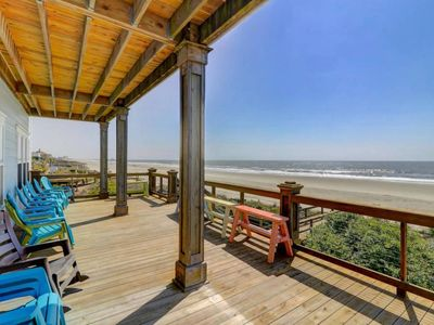 The Pelican House- Oceanfront Folly Beach Home