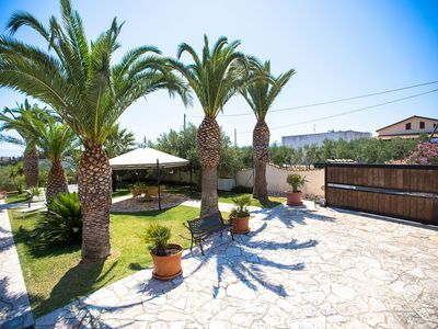 Photo for Villa Dorotea, surrounded by greenery and 700 m from the sea