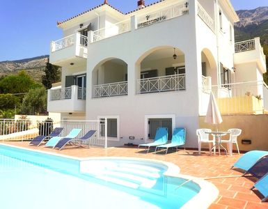 Photo for Fabulous Villa with Private Pool, Clear Sea Views