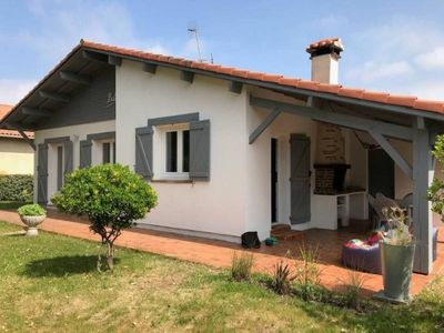 Photo for Apartment Capbreton, 3 bedrooms, 6 persons