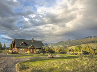 Photo for Come Relax, Rejuvenate & Reconnect on the Yellowstone River in Montana.