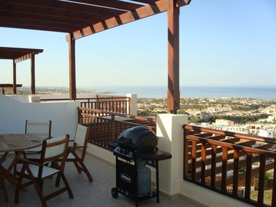 Photo for Beautiful 2 Bedroom Penthouse Apartment In Peyia. Communal pool - Free WiFi