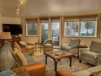 Downtown Telluride Penthouse Condo with a Large Deck, Common Steam Room, Year-Round Pool, and Hot Tu