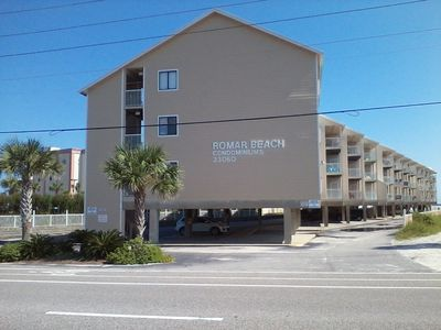 Photo for Southern Comfort*2 bdrm 2bath*Beautiful Decor*Covered Parking*Beautiful Beach!
