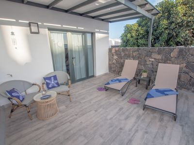 Photo for Apartment with private terrace and shared pool