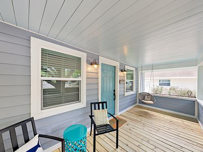 Porch - Relax with a cold drink on the charming covered porch.