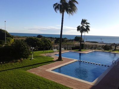 Photo for Nice apartment on the 1st Line of the Beach; pool and wifi, garage Ref: VT-3380-CS