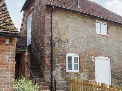 Photo for 1 bedroom property in Arundel. Pet friendly.