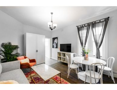 Photo for Renovated comfort in historic inner-city enclave