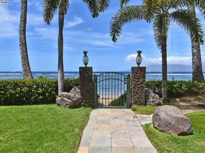 Photo for Lahaina Shores Beachfront remodeled Bedroom 'Mountain side' Premier Remodel