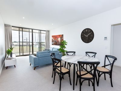 Photo for Trendy, Self Contained Inner City Apartment!