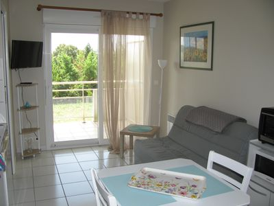 Photo for Apartment 800 m from the thermal baths 80 m Antilles JONZAC
