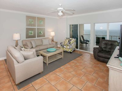 Photo for Gulf-front Penthouse Condo - amazing views | Outdoor/indoor pool, hot tub, sauna, fitness room, Wifi