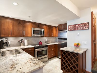Photo for Luxury Central 3Br- Private HT, Bike Storage