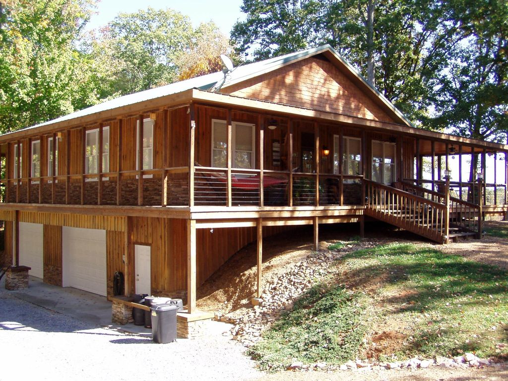 Tennessee blount county alcoa - Country Setting Conveniently Located With A Million Dollar View