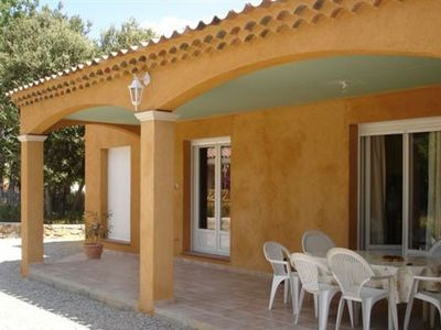 Photo for Villa with mature pool, quiet location