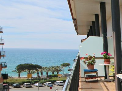 Photo for Beautiful duplex apartment overlooking the sea for 8 people near the beach