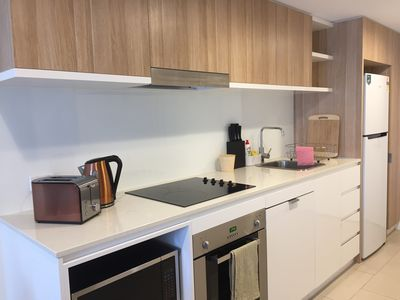 Photo for Stylish Modern 2BR apartment Newstead cls CBD&Valley