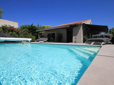 Photo for Villa Villeneuve Avignon 120m2 / pool / 3 bedrooms / Cooling