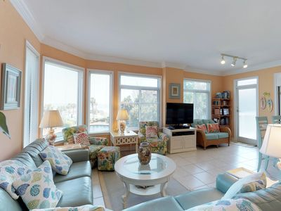 Photo for Enjoy a shared hot tub/pools and lagoons at this oceanview condo!