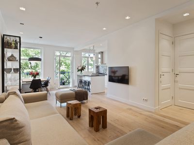 Fresh contemporary clean apartment in the heart of Amsterdam!