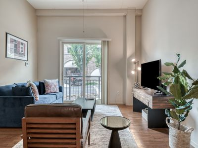 Photo for Luxury Apt in Desirable West End of Greenville
