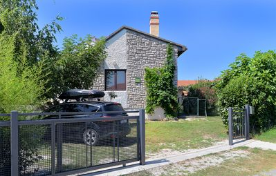 Photo for Holiday apartment Valbandon for 5 - 7 persons with 3 bedrooms - Holiday apartment