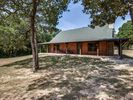 3BR Cabin Vacation Rental in Eustace, Texas