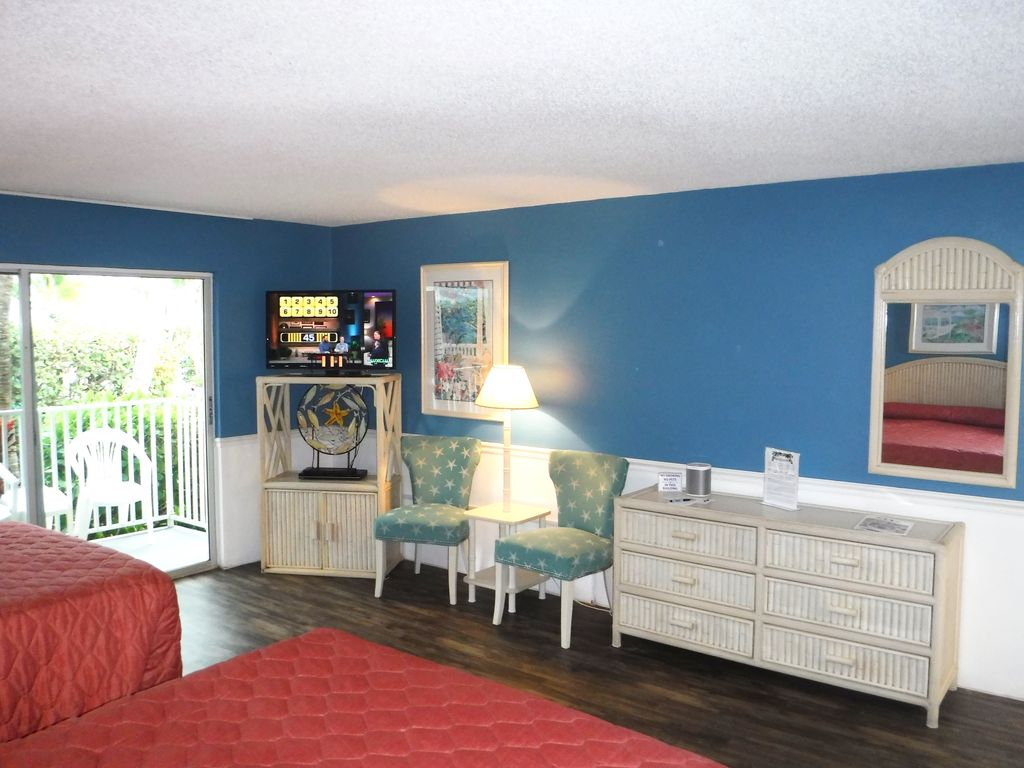 Gulf-View Guest Room