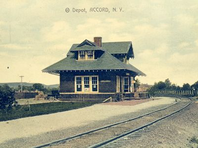 Photo for 2BR Bungalow Vacation Rental in Accord, New York