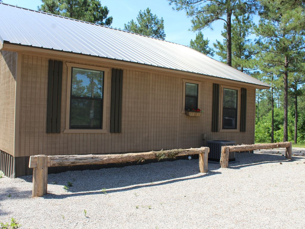 Private comfortable 2 yr old cabins cent vrbo for Cabins near crater of diamonds state park
