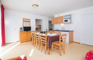 Photo for Beautiful 3 bedroom-apartment for 8 persons, 43 m², which contains a bright living room with sofa be