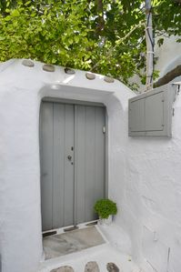 Photo for HOUSE IN THE HEART OF MYKONOS TOWN!