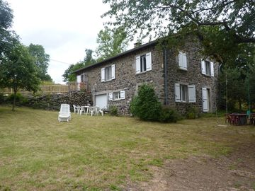 Old stone farmhouse renovated, to relax, to rest and be calm