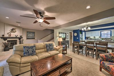 Relaxing days on Lake Conroe await at this waterfront vacation rental townhome.