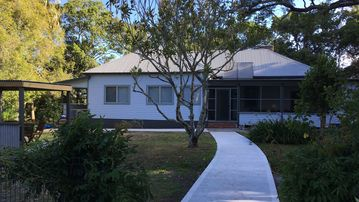 Search 646 holiday rentals