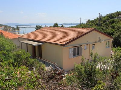 Photo for Apartment in Zaglav (Dugi otok), capacity 2+2