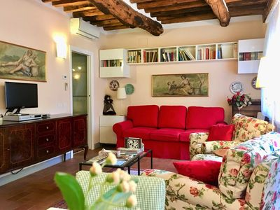 Photo for Lucca, new, airy, sunny Typical apartment in the center of Lucca