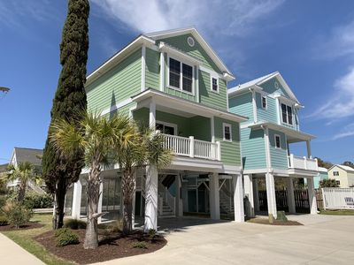 Photo for Commander's Cottage - 3rd Row, 2 Master suites, steps to the beach