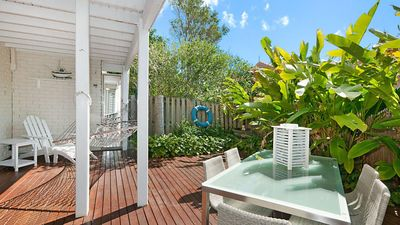 Photo for Eastpoint 3 - Park the car and walk to Byron's best beaches and cafes..