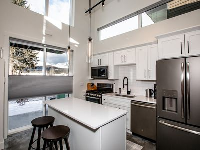 Photo for Brand New Listing! Stunning Quarry 1BD + Loft and 2BA unit! Communal Amenities!