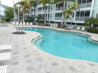 Photo for Spacious Condo , Heated Pool, Hot Tub, Work-out Room, Free WiFi & Elevator