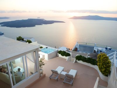 Photo for Exclusive 3 bed Luxury Villa with breath-taking views of the sea & sunset
