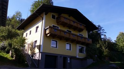 Photo for Large-scale and cozy cottage near Zell am See