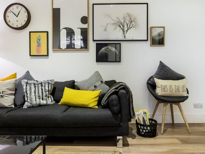 Photo for Modern 2 bed pad in Notting Hill
