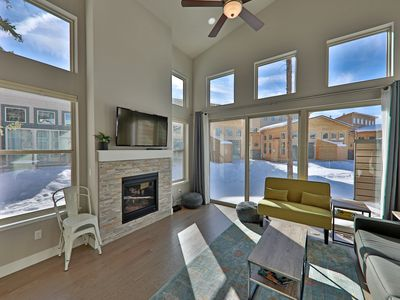 Photo for Location! Walk to restaurants, grocery, ski bus stop! NEW Modern 2Br Townhouse in Rendezvous