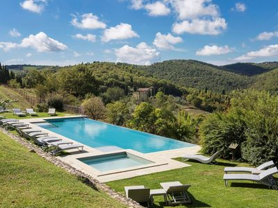 Photo for Tuscany 1 bedroom apartment with communal pool