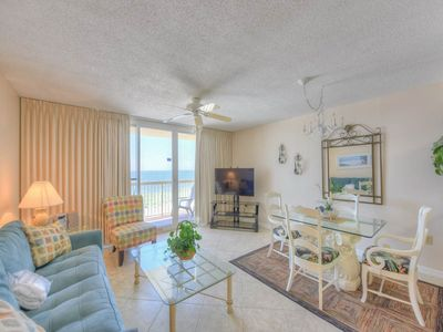 Photo for Inviting, gulf front condo, Stunning views, Minutes to entertainment