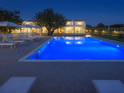 Photo for Apartment close-up in an elegant Resort with pool in the countryside